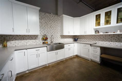 shaker kitchen cabinets images rta shaker kitchen cabinets image to u