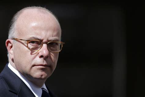 le ministre de l int 233 rieur insulte 99 des fran 231 ais le lintegral