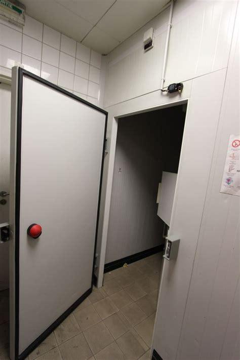fermeture porte chambre froide fermeture porte chambre froide porte empilement