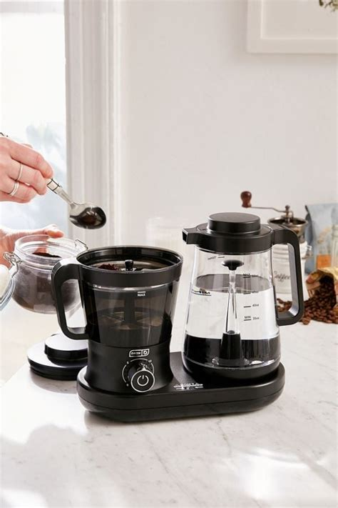 Once brewed, concentrated coffee can be kept fresh in the takeya airtight cold brew coffee maker for up to 2 weeks and used for both hot and iced coffees. Rapid Cold Brew Coffee Maker | Cute Home Gifts | POPSUGAR ...