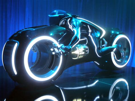 Tron: Legacy Light Cycles Photo Gallery   Autoblog