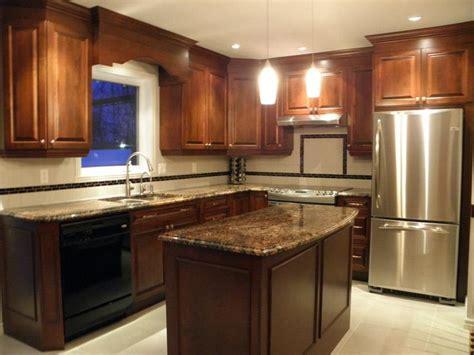 recouvrement armoire de cuisine armoire de cuisine classique en bois avec comptoir de
