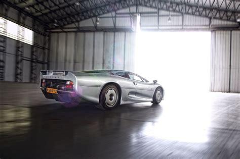 25 British Cars To Drive Before You Die 25) Jaguar Xj220