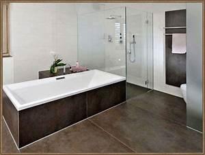 Badezimmer Fliesen Grau Weiß : badezimmer deko grau weiss interessant weis bad fliesen ~ Watch28wear.com Haus und Dekorationen