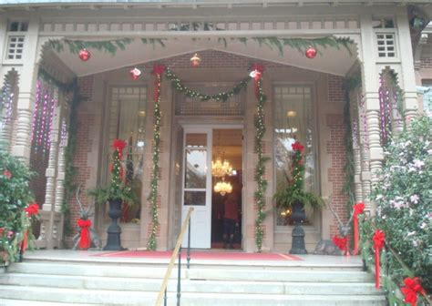 downtown raleigh  decorated  christmas