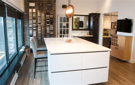 salle de montre cuisine design conception armoires cuisine mobilier sur mesure kalla