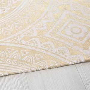 Tapis En Coton : tapis en coton motifs graphiques dor s 140x200 sona ~ Nature-et-papiers.com Idées de Décoration