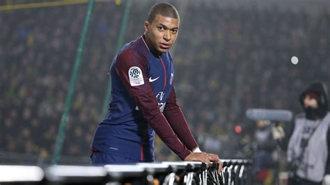 kylian mbappe  worlds  player   life moves pretty fast