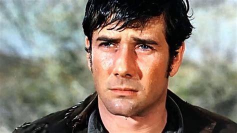 Actor John Smith Laramie