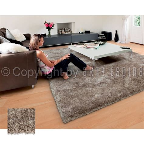 comment nettoyer un tapis shaggy tapis shaggy uni gris arte espina with comment nettoyer un