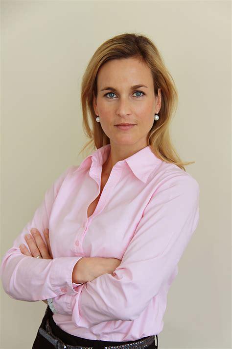 Claudia Huber-Völkl übernimmt die Leitung des Product ...