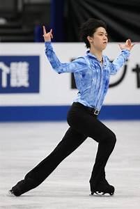 Yuzuru Hanyu Photos Photos - ISU World Figure Skating ...