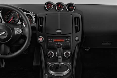 nissan 370z interior 2017 nissan 370z reviews and rating motor trend