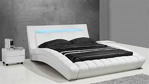 Lits design en cuir : Joe, un lit moderne en cuir au design contemporain Mobilier Moss
