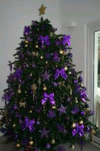 christmas purple and gold christmas tree use silver bows instead of purple bows christmas