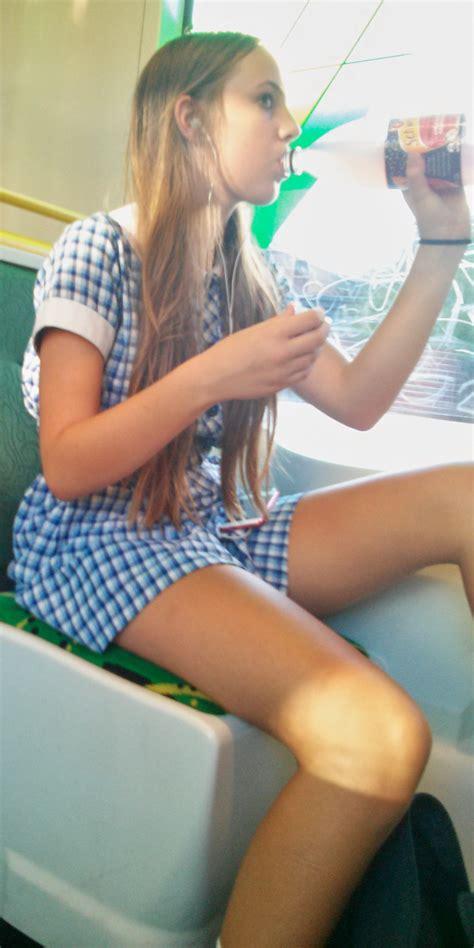Morning commute girl - Voyeur Hub