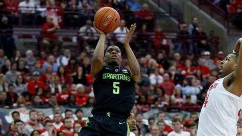 michigan state basketball rallies  ohio state