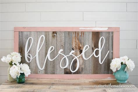 Home Decor Signs : Reclaimed Wood Signs
