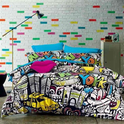 graffiti chambre ado les 25 meilleures idées de la catégorie chambre à graffiti