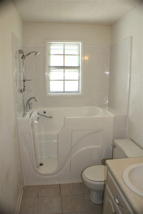 jetted bathtub reviews bathtubs idea inspiring walk in tubs home depot how much