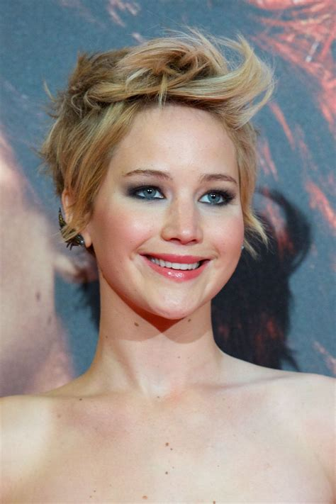 Jennifer Lawrence Red Carpet Photos The Hunger Games