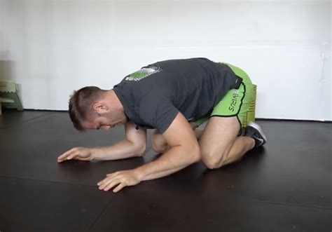 A Better Way to Stretch Your Lats | The Movement Fix