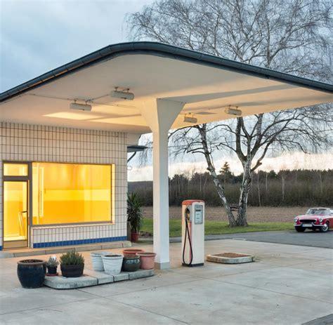 Alte Häuser Kaufen Berlin by Der Romantik L 228 Ngst Ausrangierter Tankstellen Welt