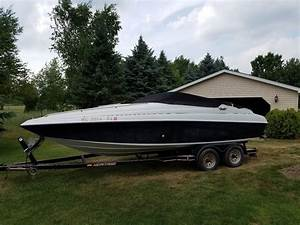 Crownline 1994 For Sale For  8 500