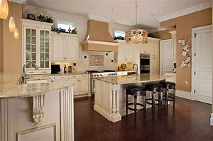 antique white kitchen cabinets 1502