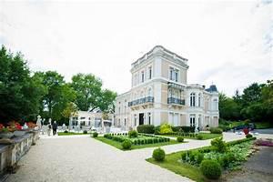 Hotel Chasseneuil Du Poitou : chateau du clos de la ribaudiere chasseneuil du poitou ~ Melissatoandfro.com Idées de Décoration