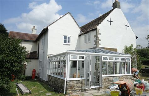 shaped gable conservatories  malmesbury wiltshire