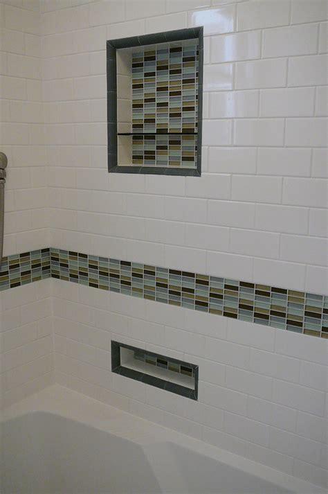 Glass Tile Bathroom Ideas by 30 Great Ideas Of Glass Tiles For Bathroom Floors