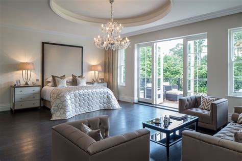 Master Bedrooms : Classical Neo-palladian Mansion