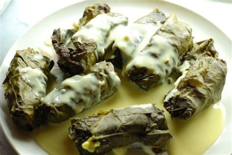 cuisiner cru 70 recettes food les 68 meilleures images du tableau moussaka et autres