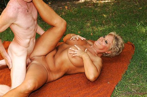 Short Haired Mature Blonde With Big Tits Gets Fucked