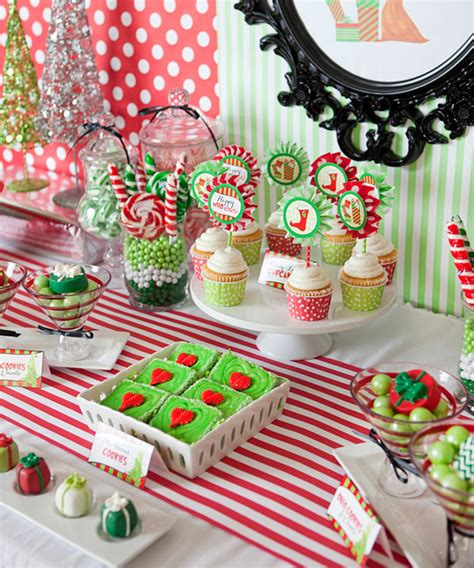 christmas  liday grinch party hostess   mostess