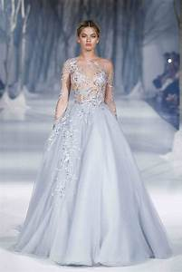Paolo sebastians fall winter 2016 collection reminds us for Snowflake wedding dress