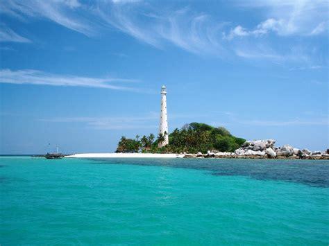 pantai terindah versi nisa  pantai lengkuas pulau