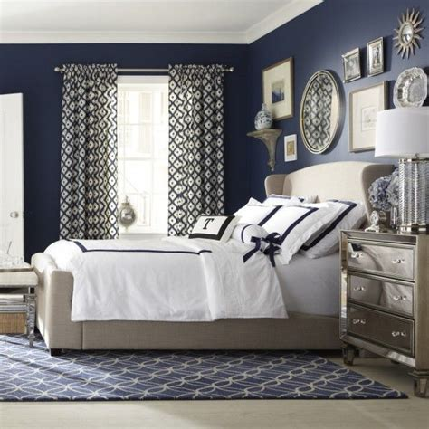 Bedroom Bench Navy Blue by A Decorating Style That Doesn T Get Dated Bedrooms