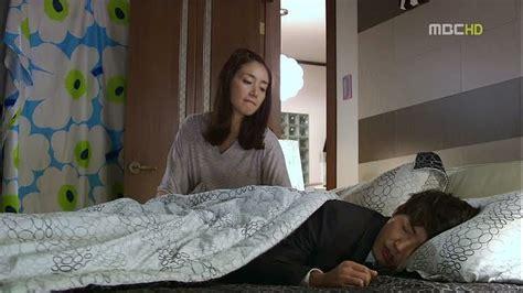 Film yang berjudul secret in bed with my boss merupakan film yang kini sedang populer diberbagai media. Can't Lose: Episode 11 » Dramabeans Korean drama recaps