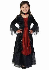 Halloween Kostüm Vampir : 17 best ideas about vampire costume kids on pinterest ~ Lizthompson.info Haus und Dekorationen