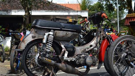 Modifikasi Astrea Grand Klasik by Gambar Modifikasi Motor Honda Grand Menjadi Bebek Klasik