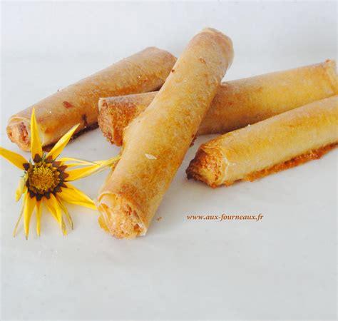 vers blanc cuisine cigares aux amandes et miel aux fourneaux
