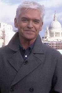 Phillip Schofield BANS Holly Willoughby from getting ...