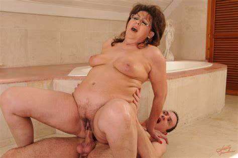 Lusty Seduction For Honey Mature