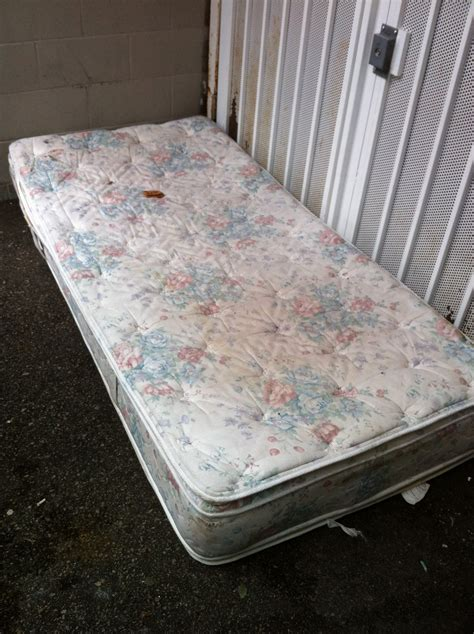 how to dispose of mattress mattresses and boxsprings disposal sam s small ltd