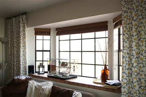 contemporary bay windows choose to use modern bay window for home theydesign net theydesign net