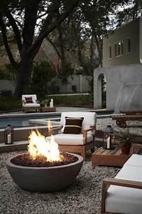 gartenkamin oder offene feuerstelle 30 ideen wie sie With feuerstelle garten mit sichtschutz auf balkon