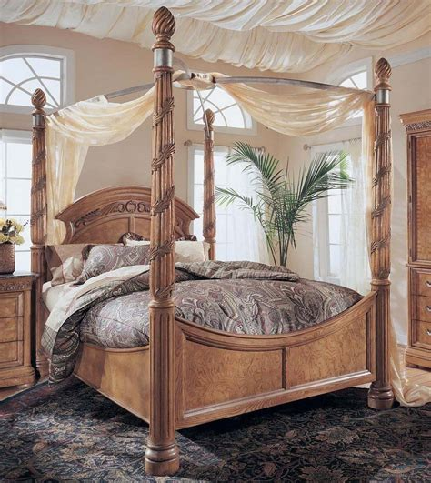 canap beddinge king size wynwood canopy bed master bedroom