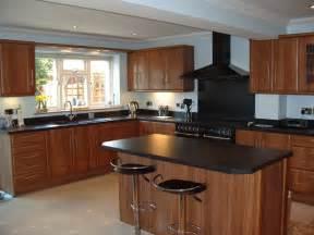 modern small kitchen design ideas horizon kitchens chelmsford locally manufactured